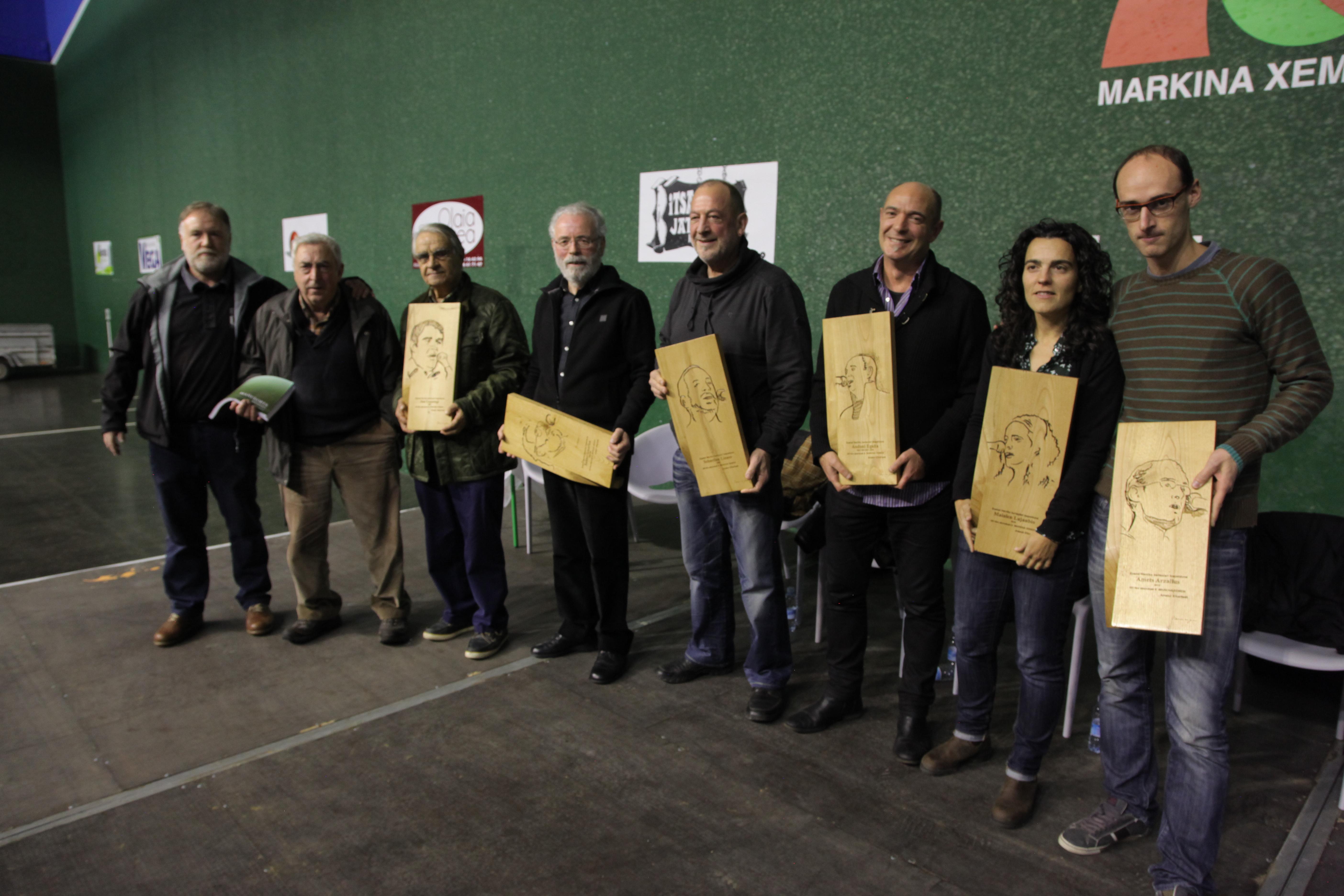 Bizkaiko Txapelketako finalistak eta Markina-Xemeingo Kontzezioko saioa Hitzetik Hortzeran