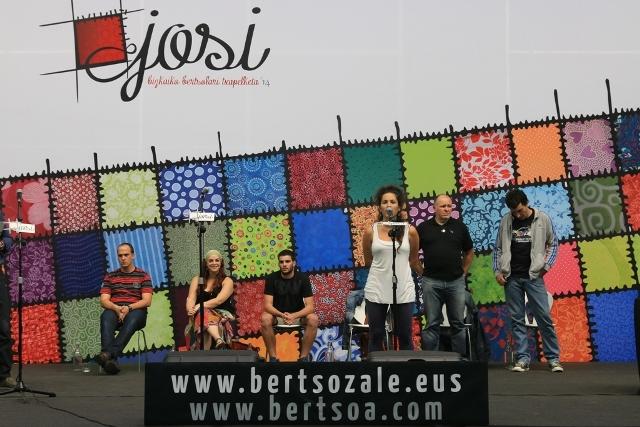 Oihana Bartrak irabazi du #Josi Bizkaiko Bertsolari Txapelketako bigarren kanporaketa